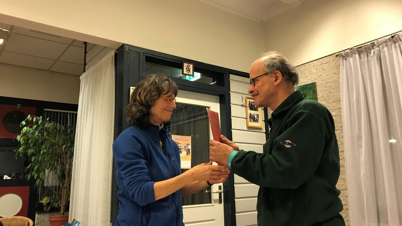 Knooppunt 2019-03 Hans H. draagt op 28 maart 2019 het voorzitterschap over aan Elly W.
