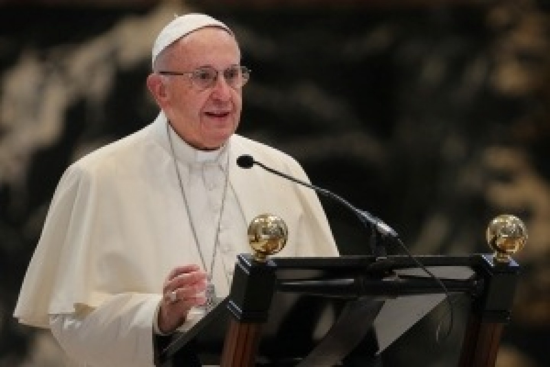 Paus-Franciscus-kl-300x200-1