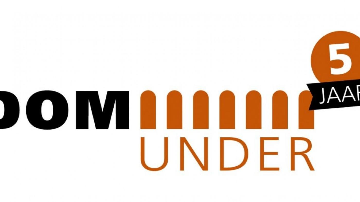DOMunder 5 Jaar - Logo