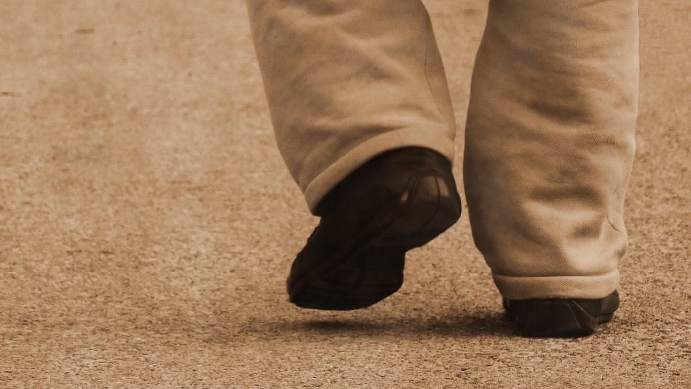 walking-away-1428060